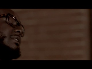 T-Pain Ft Wiz Khalifa & Lily Allen � 5 O�Clock