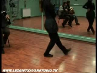 Все знают этот знаменитый яркий кавказский танец - лезгинку. Он